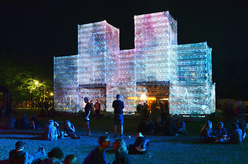 Nebulæ is an installation by UNSTABLE for Roskilde Festival
